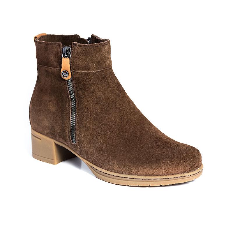 Hip Boot